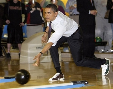https://mathimaran.files.wordpress.com/2008/11/barack-obama-in-bowling-shoes.jpg